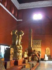lahoremuseum.jpg