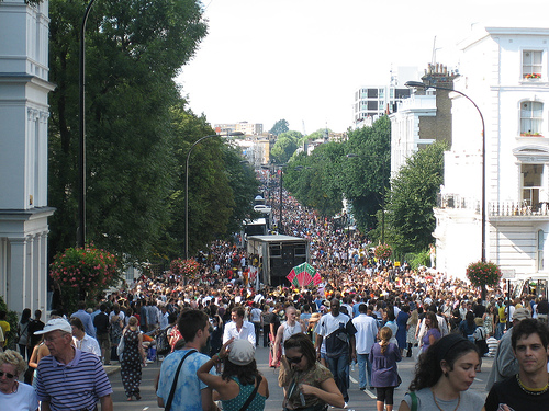 notting hill carnival 2007 ladbroke grove crowd