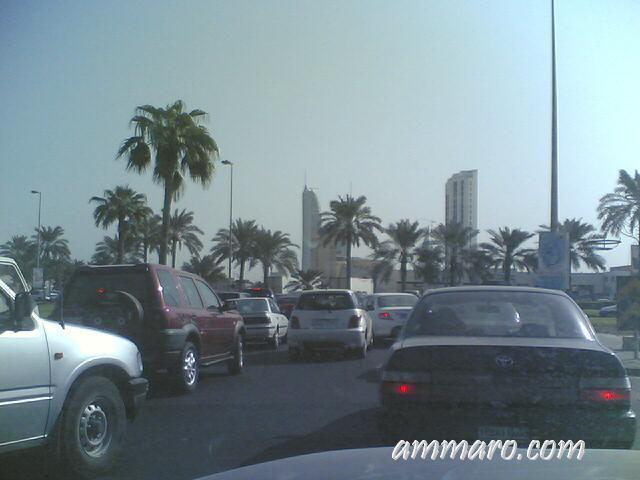 ラマダン中の交通渋滞(バーレーン) 写真: Bahraini blogger Ammaro