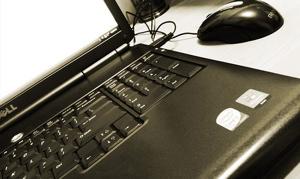 laptoppic.jpg