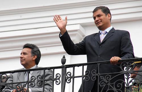 Il Presidente Correa al balcone di Palazzo Carondelet