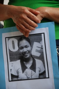 Justice for Rebelyn Pitao: Photo by Toto Lozano