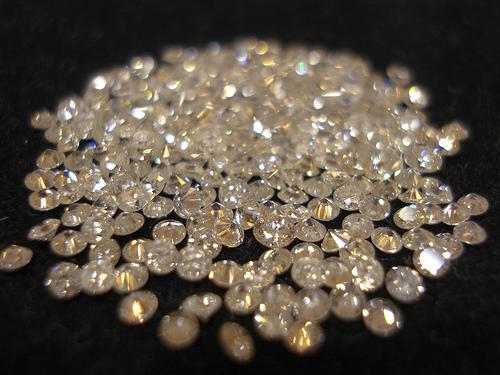 Dreaming of Diamonds by Swamibu
