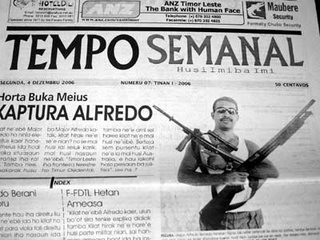 a copy of magazine Tempo Semanal