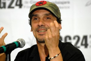 Photo of Manu Chao at press conference in Guadalajara. Taken by Festival Internacional de Cine en Guadalajara and used under a Creative Commons license: http://www.flickr.com/photos/guadalajaracinemafest/3383035071/