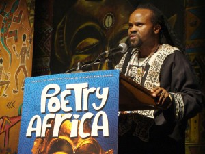 Bantu Mwaura at the Poetry Africa Festival in South Africa