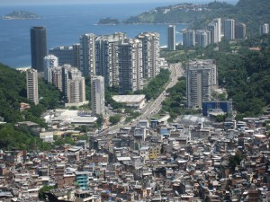 View of Rocinha Slum: the largest in the country. Photo: Alicia Nijdam/Creative Commons
