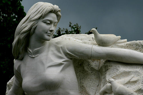 The Maiden of Peace, in Nagasaki. By Flickr user Kamoda.