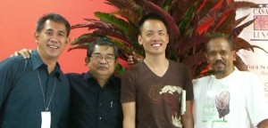 Abe (on the right) at Ubud Writers and Readers Festival (2007) - photo used with theunspunblog.com permission.