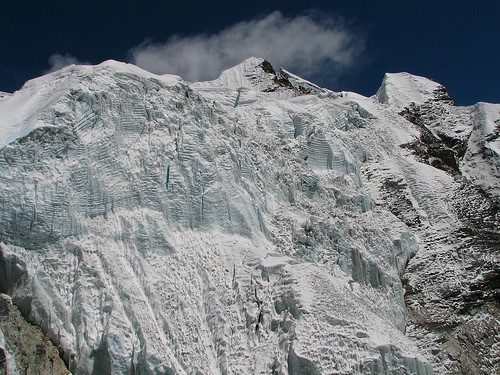 Nepal - Island Peak - Impressive glacier icefall below peak, Image by Flickr user mckaysavage