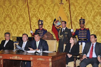 At press conference announcing the tax measures by the Ecuadorian Presidency and used under a Creative Commons license.