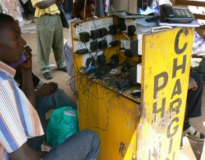 Phone charging station in Uganda in 2008, by Ken Banks - kiwanja.net