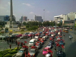 Red Shirt march at Victory Monument. Photo by newley