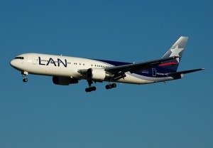 LAN Airlines. Photo uploaded by Flickr user jmiguel.rodriguez and used under a Creative Commons license.