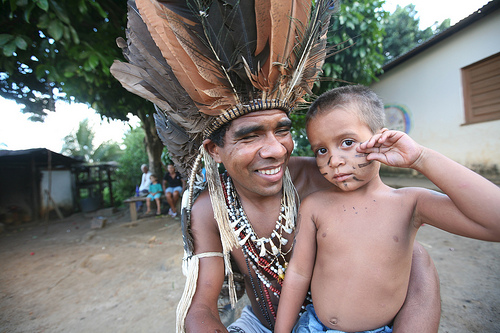 Cacique Babau and his son, portraited by Sean Hawkey Serra do   Padeiro in November 2009. Photo used with permission (Sean Hawkey/ACT)
