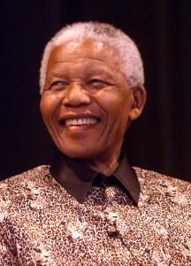 Mandela in costume tradizionale