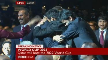 De reactie van de WK-delegatie van Qatar op de bekendmaking door de FIFA op donderdag (screenshot van de BBC)