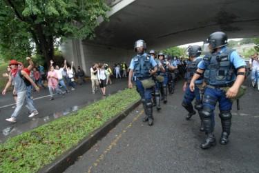 Gli studenti e la polizia