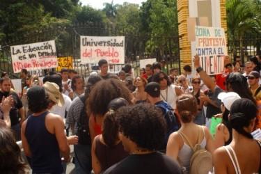 Gli studenti protestano in Río Piedras