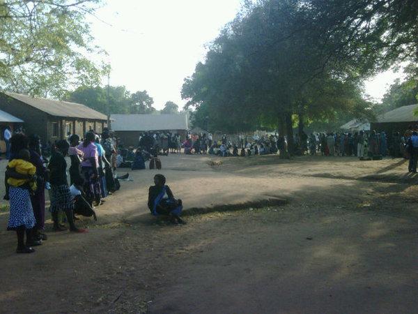 امرأة جنوب سودانية منتظرة للتصويت من أجل الحرية - تصوير ديفيد ماكنزي