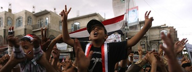 Yemeni anti-government protesters demand the resignation of Yemeni President Ali Abdullah Saleh in Sanaa. Image by Sniperphoto Agency, copyright Demotix (28/04/11).