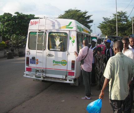 Gbaka van in Abidjan, Côte d'Ivoire. Image from lgbagbo.blogspot.com