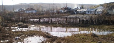 Sogra village, near Ust-Kamenogorsk. Photo by Sabine.