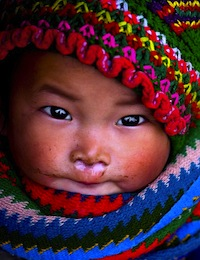 H'mong baby, Vietnam. Flickr: linh.ngân (CC BY 2.0).