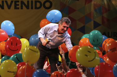 Mauricio Macri at the Club 17 de Agosto, announcing he would seek reelection as Mayor of Buenos Aires. Photo by Flickr user Mauricio Macri, used under a CC BY-ND 2.0 license.