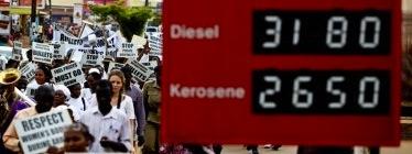 Organizaciones de mujeres de Uganda se unen a las protestas contra el alza del combustible y los costos de los alimentos. Foto por Echwalu Photography