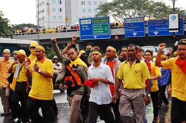 Bersih rally in 2007. Image by Flickr user wormy lau (CC BY-NC 2.0).
