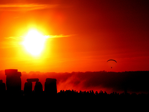 Solstice dawn over Stonehenge, UK. Image by Flickr user Taro Taylor (CCBY).