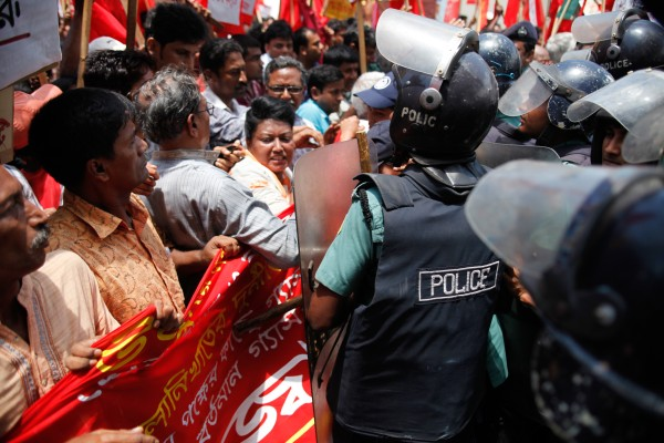 A protest arranged by the NCPOGMR against offshore gas deal between Bangladesh Government and US firm ConocoPhillips took place in Dhaka, Bangladesh. Image by Shuvra Kanti Das, copyright Demotix (14/06/11).