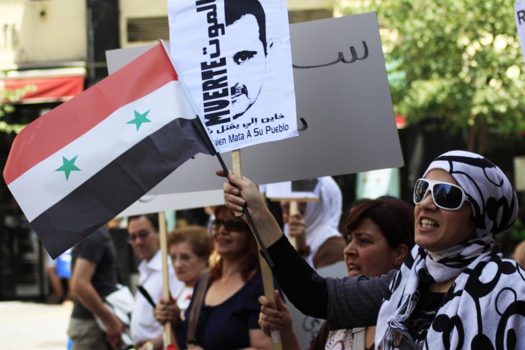 Proteste a Madrid, Spagna, in appoggio del popolo siriano.