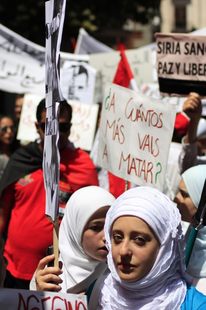 Proteste a Madrid a sostegno del popolo siriano.