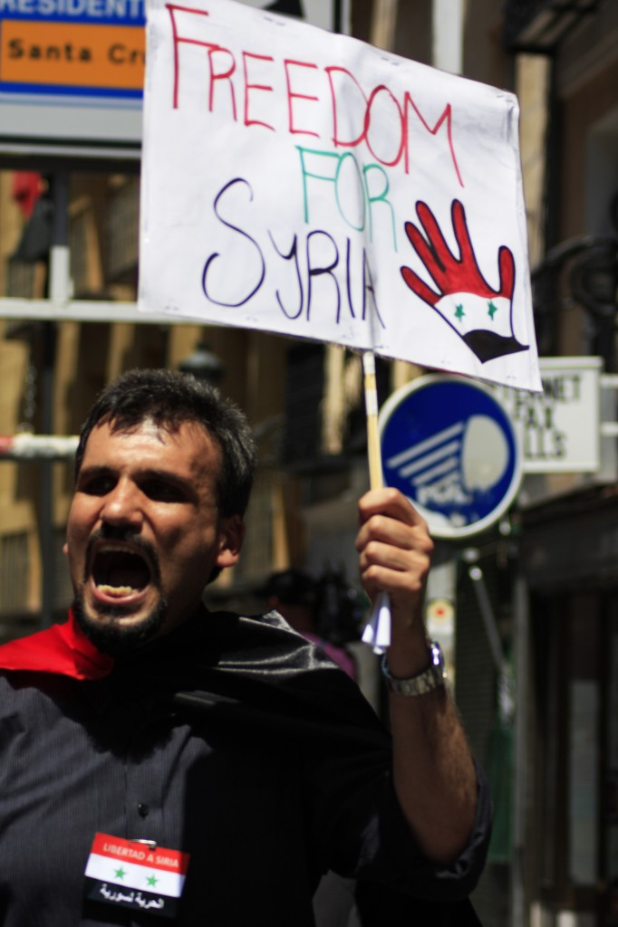 Proteste a Madrid in appoggio del popolo siriano