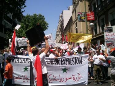 Demonstratie in Madrid, als steunbetuiging aan het Syrische volk. Foto van Sara Díaz Gómez, met toestemming gebruikt.