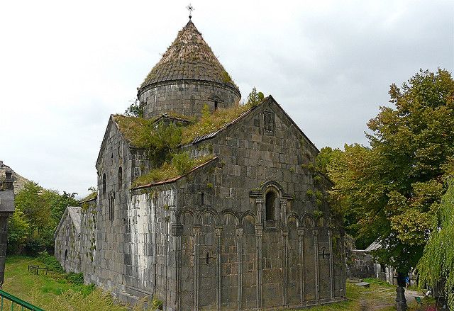 The dilapidated medieval Sanahin Monastery at the center of the controversy. Image by Flickr user Rita Wilaert (CC BY 2.0).