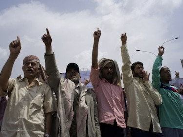 Pro-democracy protesters in Yemen on the first Friday in Ramadan. Image by Luke Somers, copyright Demotix (05/08/11).