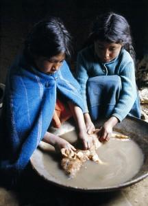 Rad dece u Boliviji. Fotografija Ujedinjenih Nacija, dostuna na Flickr (CC BY-NC-ND 2.0).