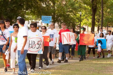 Marching against the HB56 Alabama anti-immigration law. Image by Flickr user SPROSS (CC BY-NC 2.0).
