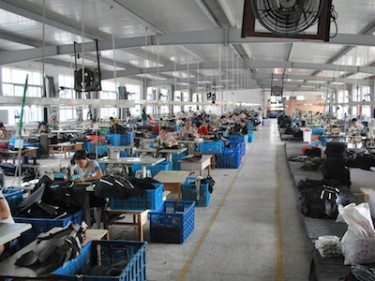 Luggage factory, Wenzhou, China. Image by Malcolm M on Flickr (CC BY 2.0).