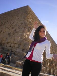 Lavinia in Giza Pyramids