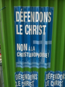 "Catholic manifesto on the walls of Paris ""Let's defend Jesus Christ!"" - by @egoflux on Twitter"
