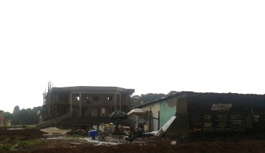 Construction at Cocody University, Abidjan, October 2011. Photo by author.