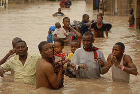 Dar es Salaam youths rescuing children. Photo courtesy of http://issamichuzi.blogspot.com/.