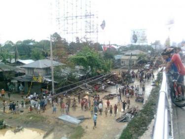 Flooded street. Photo from Alam Kana Nakin