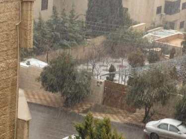 Snow in Amman, Jordan. Photo credit: Hanin Abu Shamat, shared on Twitpic