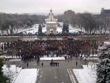 The first day of the protests in Chisinau, Moldova - January 22, 2012. Photo by blogger Eugen Luchianiuc, used with permission.