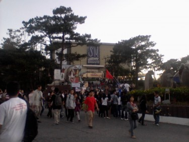 Protest in front of SM Baguio. Photo from @KrissyAngela